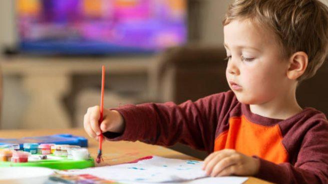 enseñar niños pintar