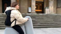 YouTube: Crean un scooter eléctrico inflable para poder llevarlo en la mochila