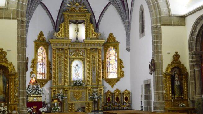 Reservar asiento por Internet para ir a misa, la iniciativa de un pueblo de Badajoz
