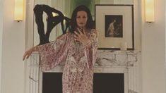 Catherine Zeta Jones baño