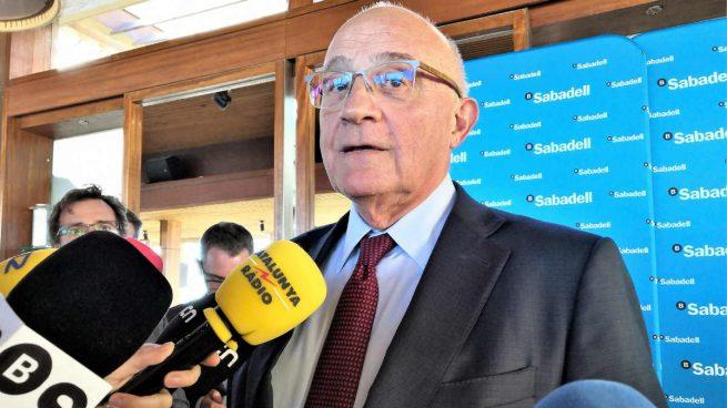 Sabadell pacta con los sindicatos la salida de 1.800 trabajadores con prejubilaciones a partir de 56 años