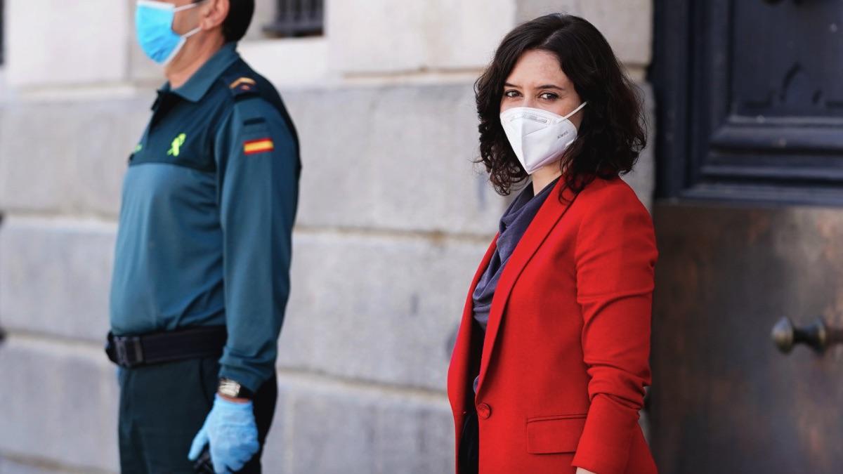 Isabel Díaz Ayuso en la Puerta del Sol. (Foto: Comunidad)