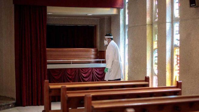 Cuántas personas podrán asistir a los velatorios y entierros en la fase 2