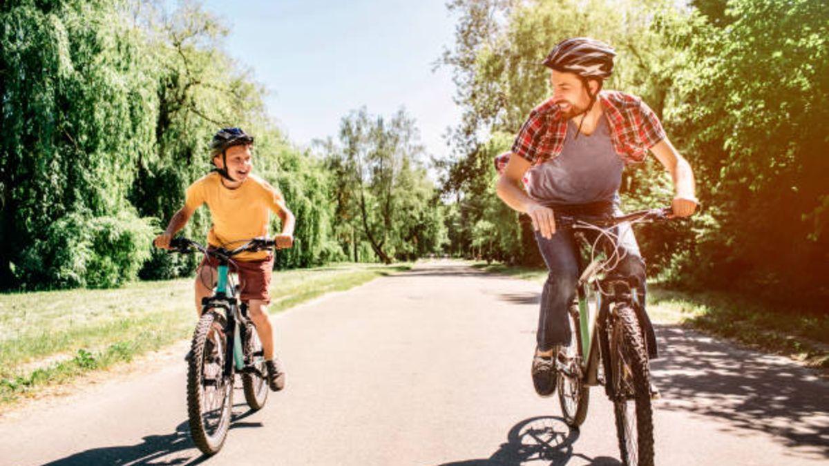 Las normas básicas para que los niños puedan circular seguros en bicicleta