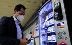 Metro Madrid instala máquinas expendedoras de mascarillas e hidrogel en algunas estaciones