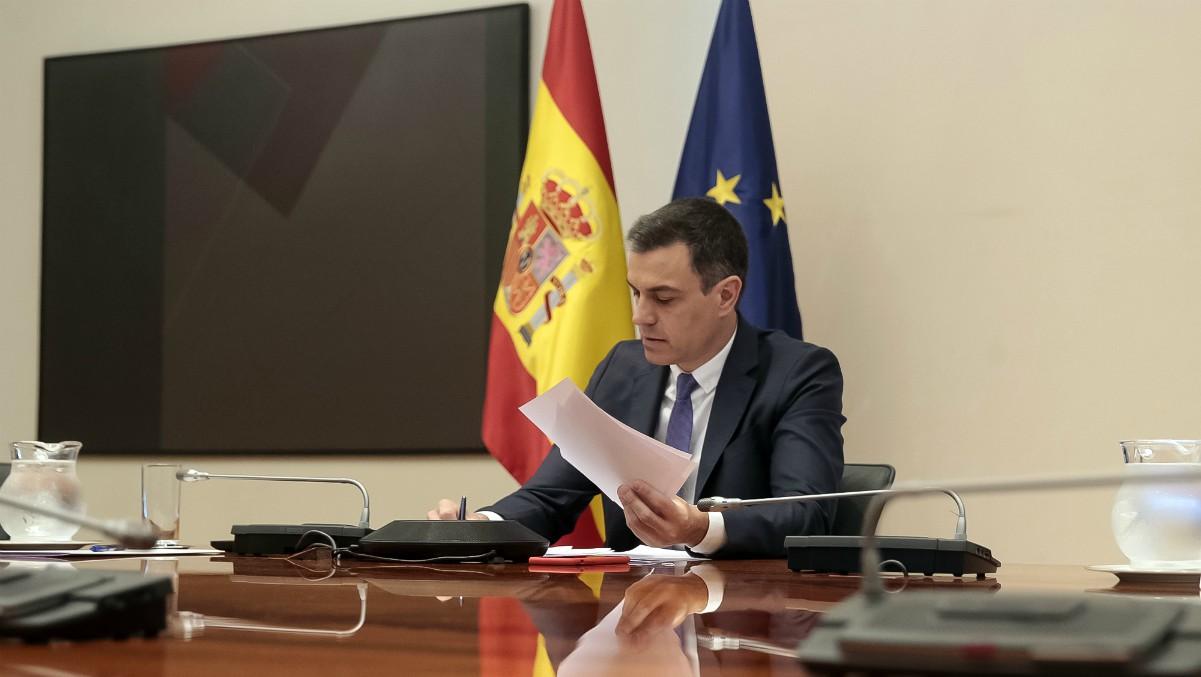 Sánchez retrasa el anuncio de la sexta prórroga por falta de apoyos mientras pone en marcha el plan B