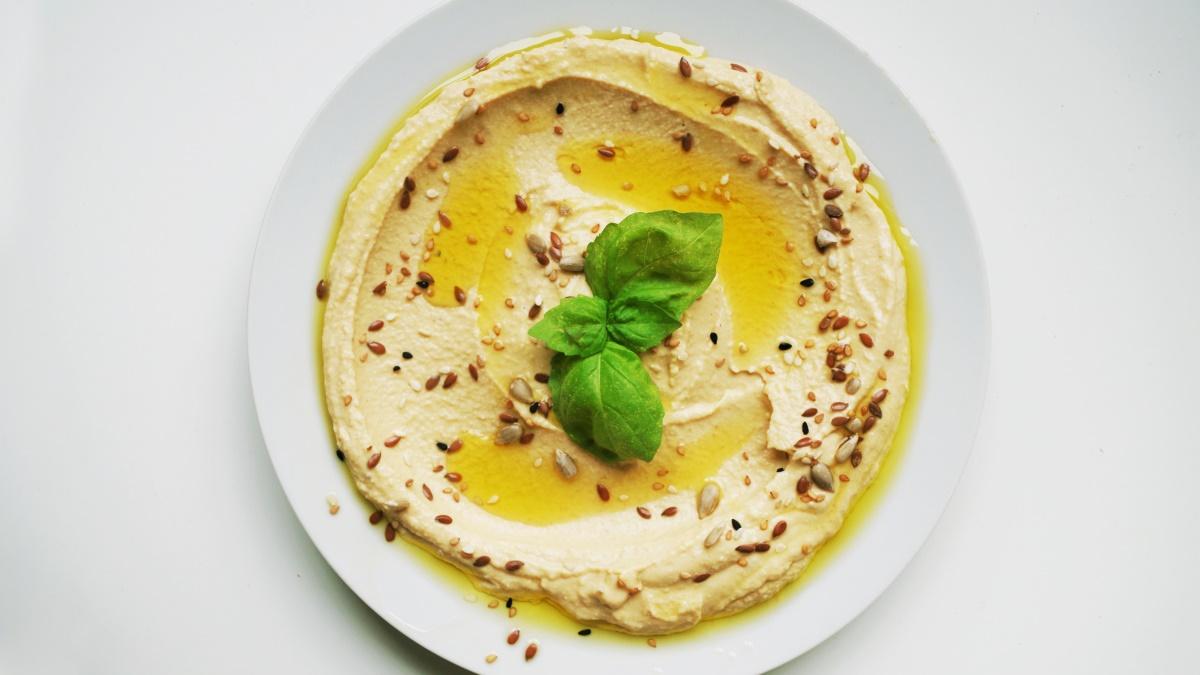 El hummus es muy saludable en cantidades moderadas
