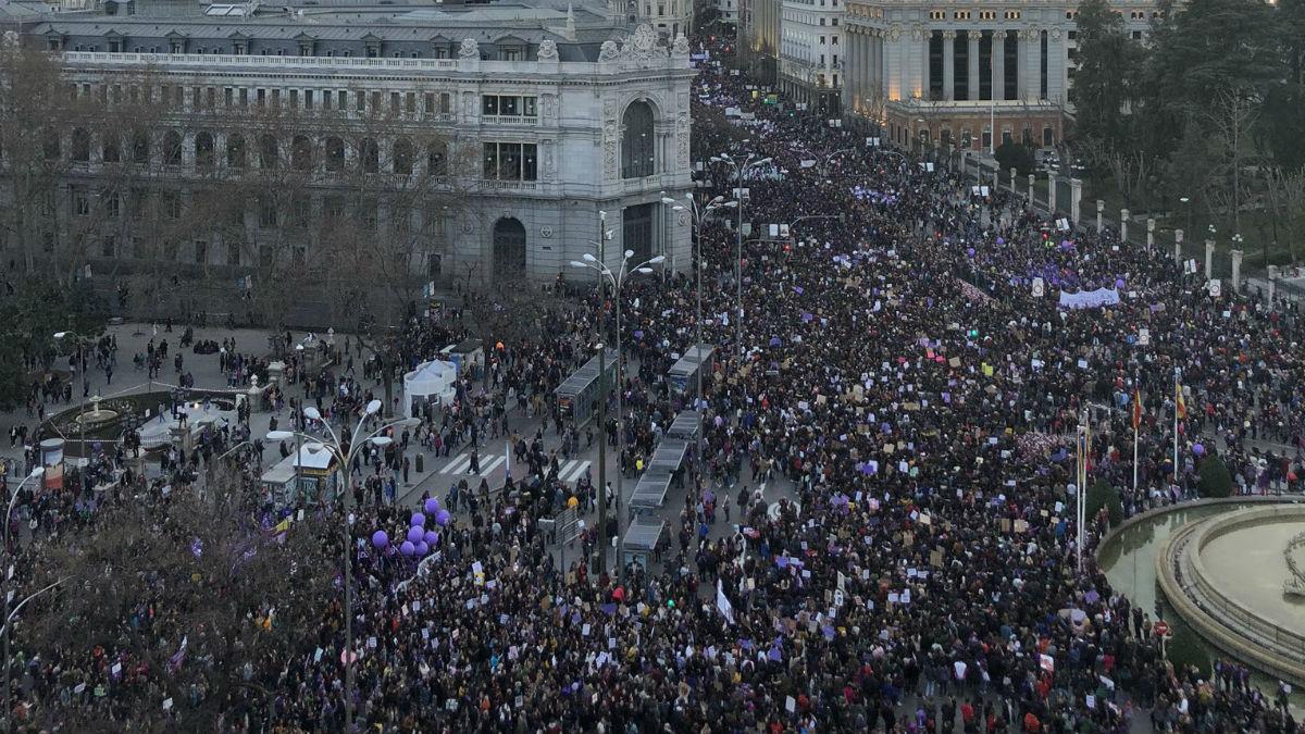 Manifestación del pasado 8-M en Cibeles (Foto: Comisión 8M vía Twitter)