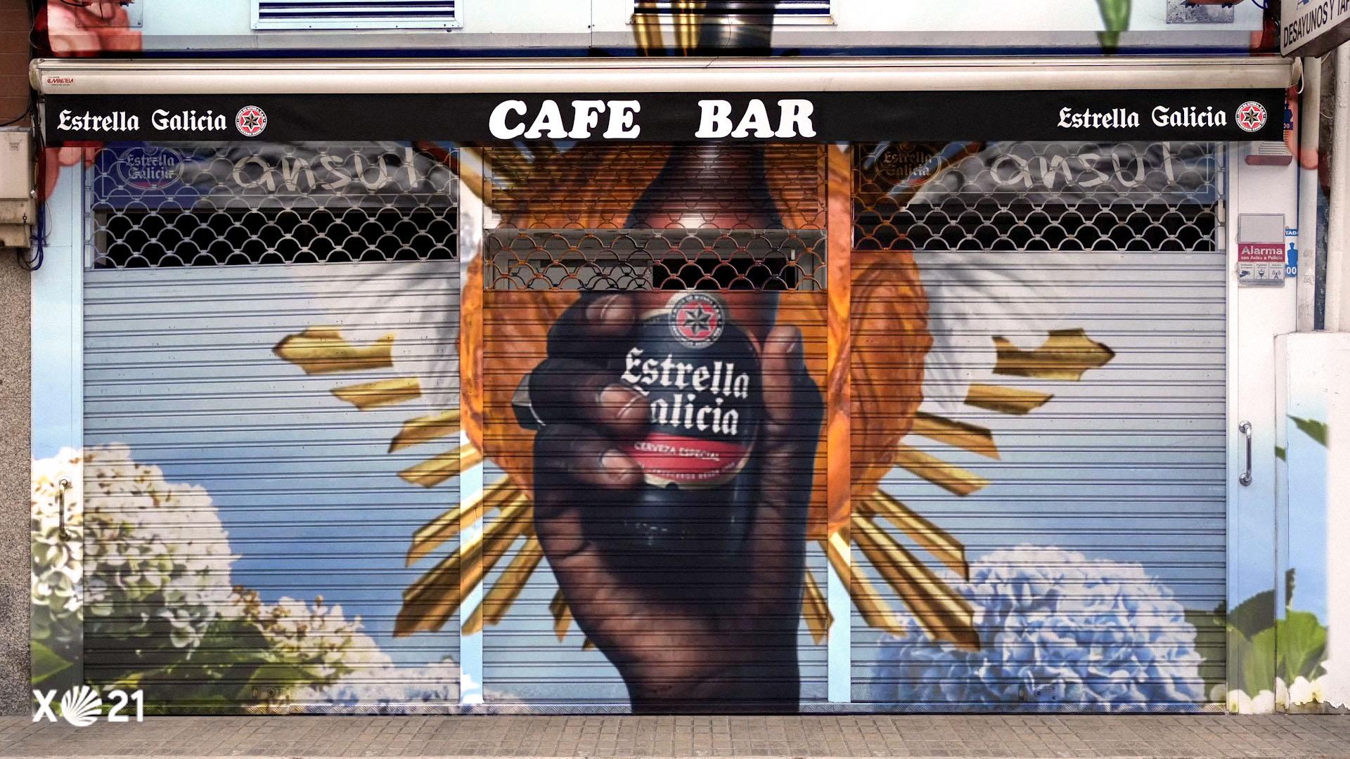 Estrella Galicia reúne a 'Los Enemigos' para animar a los bares en el regreso de los consumidores