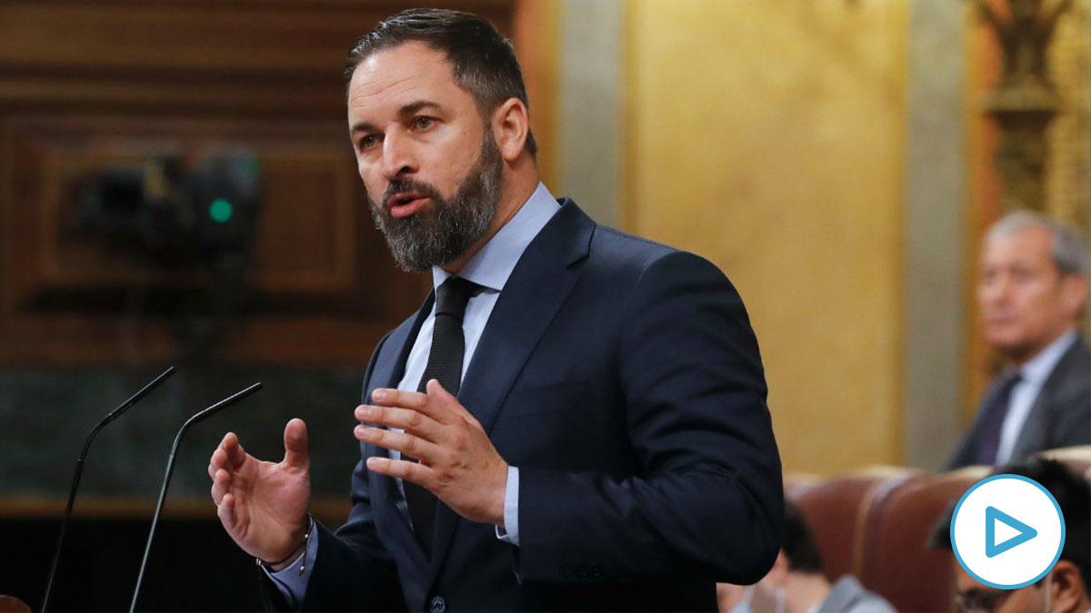 El líder de VOX, Santiago Abascal, durante una intervención en un pleno del Congreso. (Foto: Europa Press)