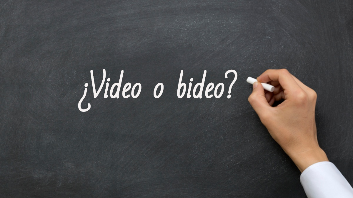 Se escribe video o bideo