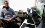 Los profesionales de Indra convierten sus casas en laboratorios domésticos