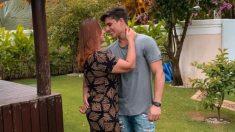 Nadine Gonçalves Tiago Ramos, besándose.
