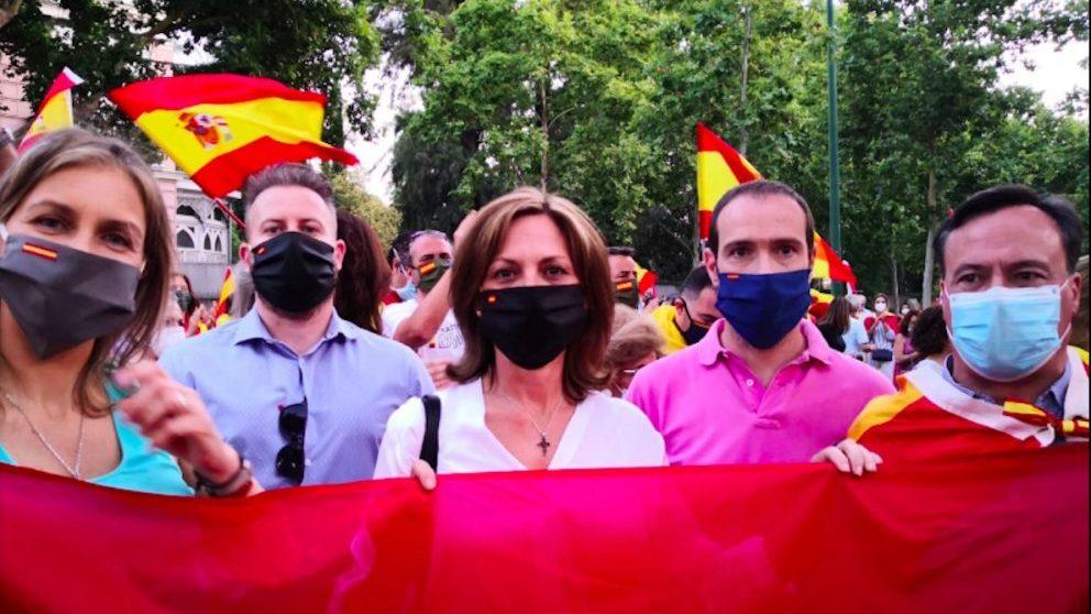 VOX Sevilla, en una manifestación.