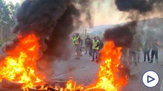 Los empleados de NIssan y Alcoa protestan contra la decisión de la compañía