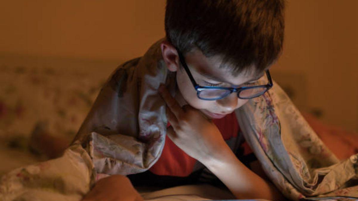 Expertos alertan del aumento de la miopía en niños tras el confinamiento – Noticias España