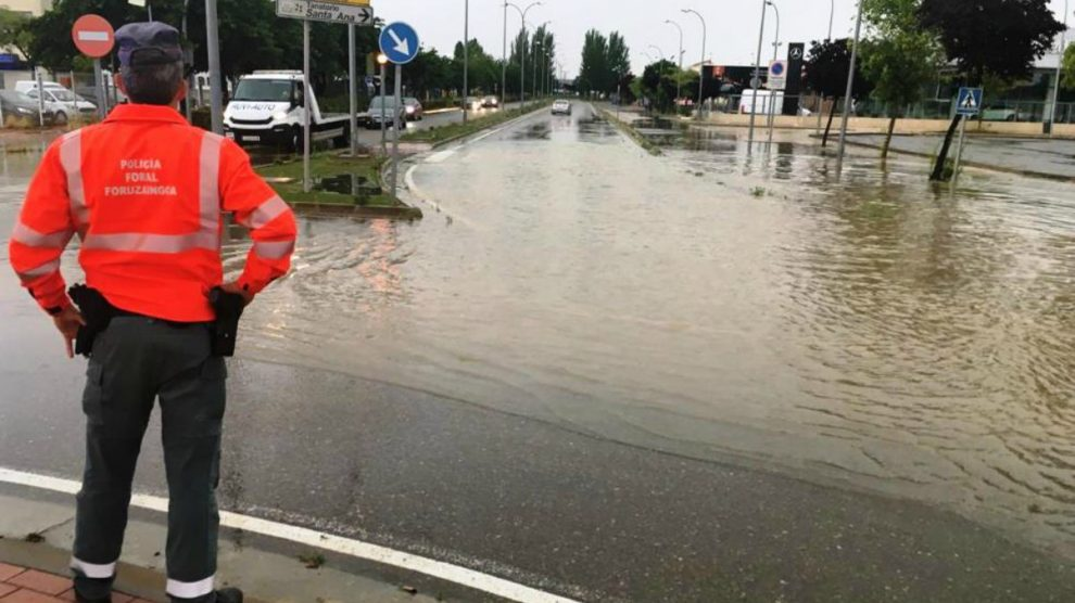 La fuerte tormenta provoca inundaciones en Tudela – Policía Foral