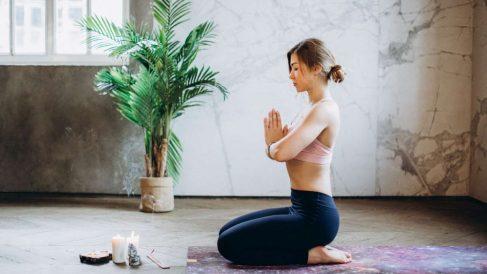 El yoga tiene múltiples beneficios para la salud y el estado físico