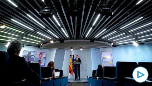 El presidente del Gobierno, Pedro Sánchez, comparece en rueda de prensa. (Foto: Moncloa)