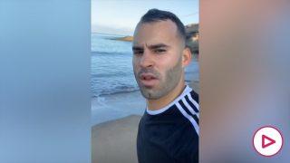 Jesé, haciendo deporte en la playa.