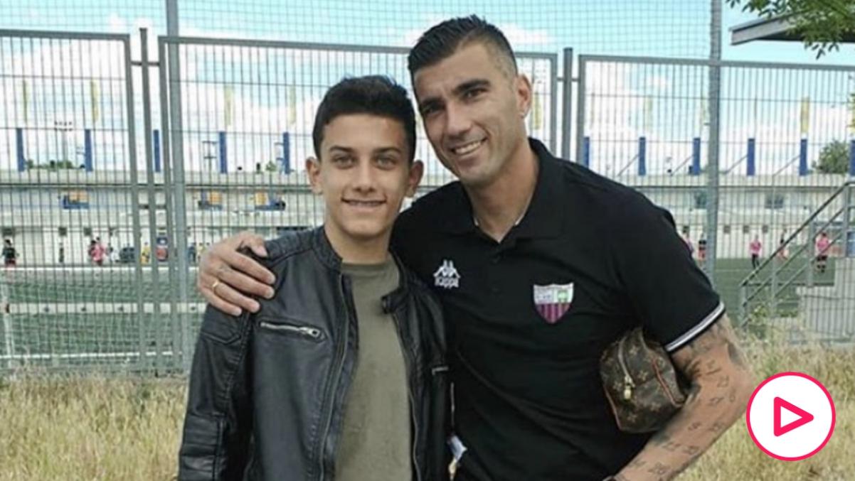 José Reyes, junto a su padre.