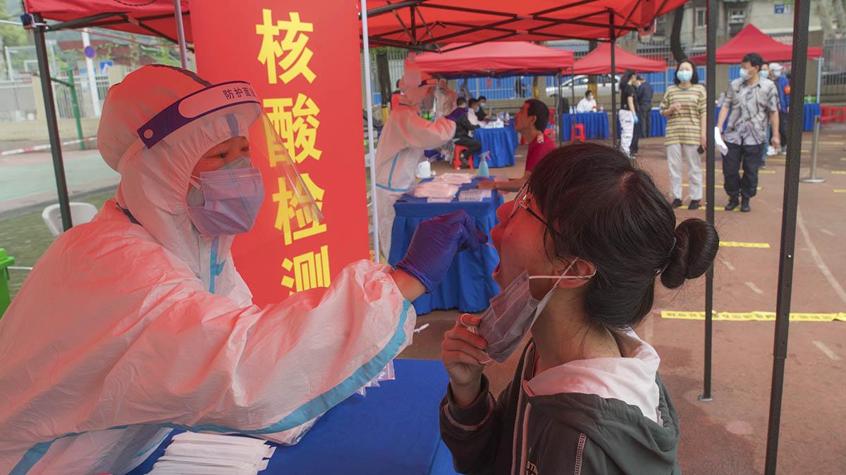 Campaña de test masivos en Wuhan.