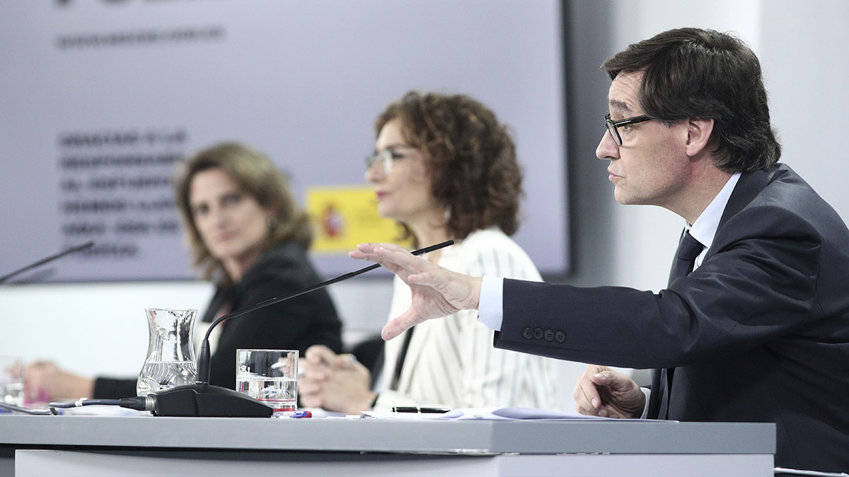 Los ministros Teresa Ribera, María Jesús Montero y Salvador Illa.