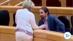 Pablo Iglesias no respeta ni sus propias normas: sin mascarilla y a menos de 2 metros con una senadora de ERC.