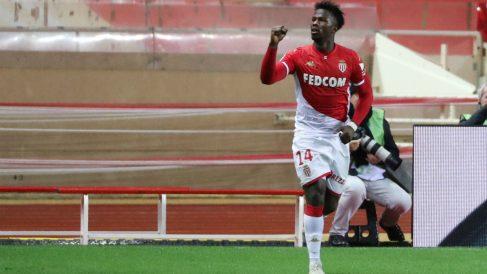 Keita Baldé celebra un gol con el Mónaco. (AFP)