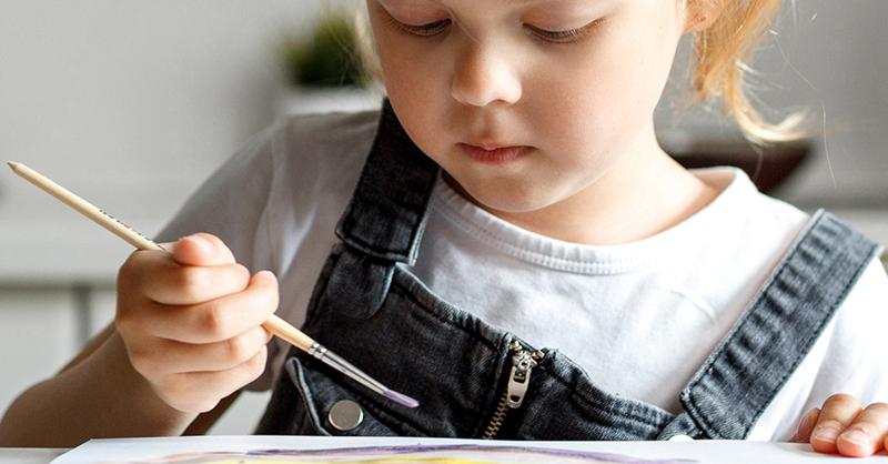 Frenar la pobreza infantil para que los niños tengan un futuro