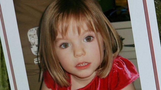 Una fotografía de la pequeña Madeleine McCann, desaparecida en el Arlgarve portugués en 2007.
