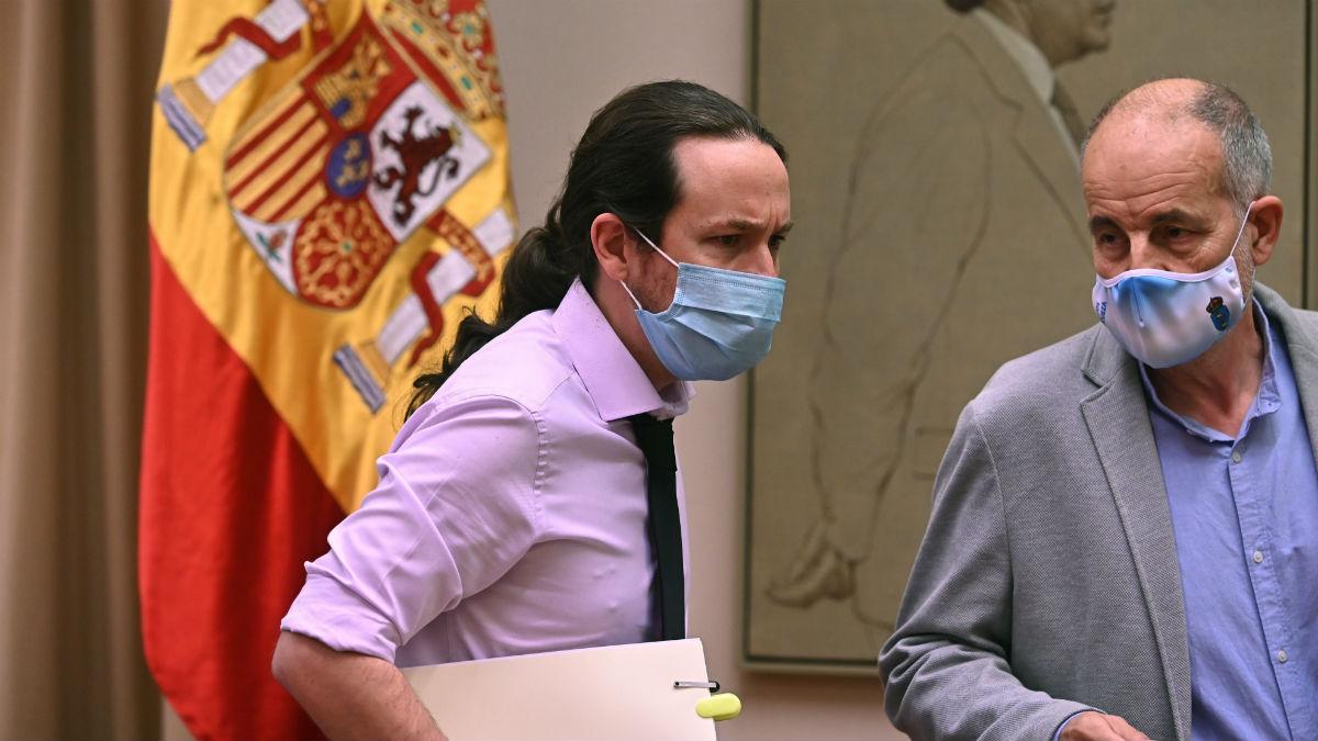 El vicepresidente segundo del Gobierno, Pablo Iglesias, este jueves en el Congreso. (Foto: EFE)