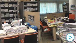 Los expedientes se acumulan en las mesas de los funcionarios de Justicia, tras el estado de alarma