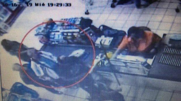 Las imágenes del descuartizador de Valdemoro comprando los útiles para deshacerse de su víctima