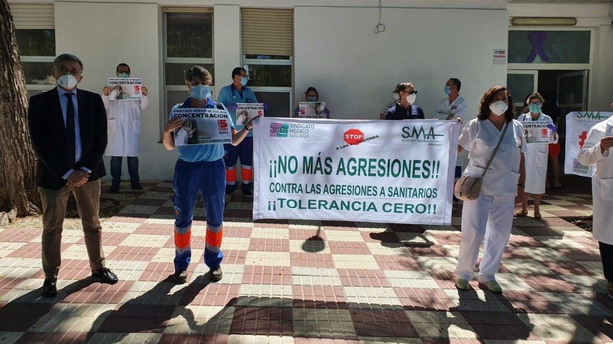 Málaga.- Nueva concentración de médicos tras la agresión a un compañero en el centro de salud de San Pedro Alcántara