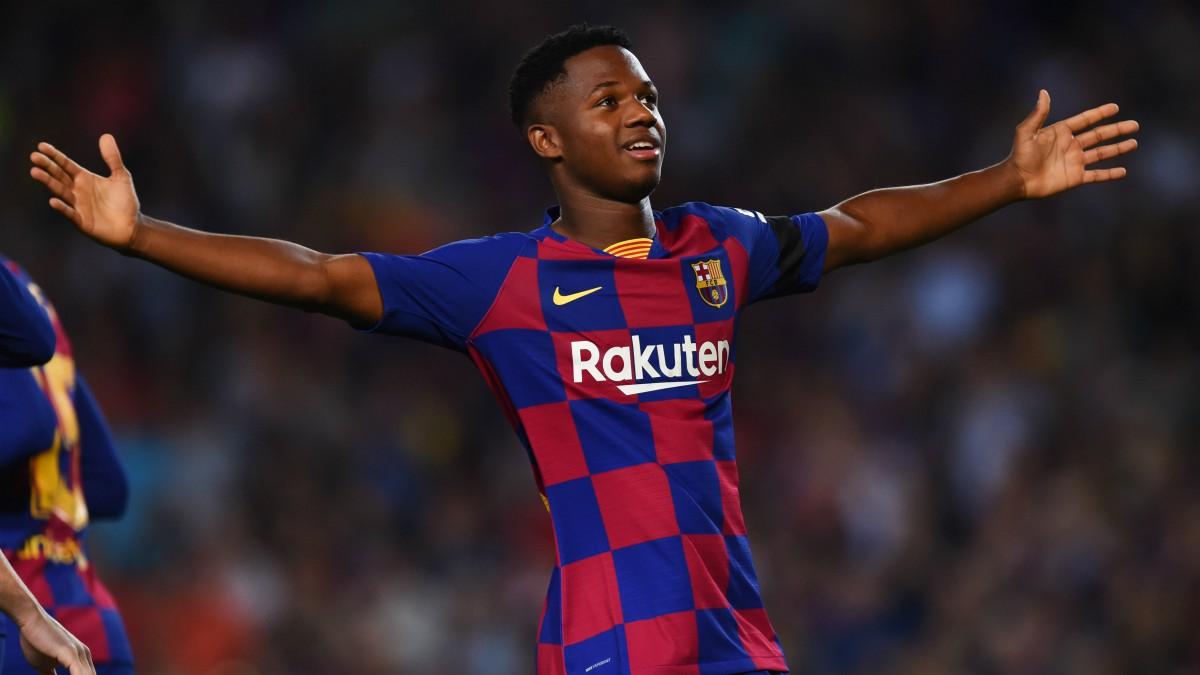 Ansu Fati celebra un gol con el Barça esta temporada. (Getty)