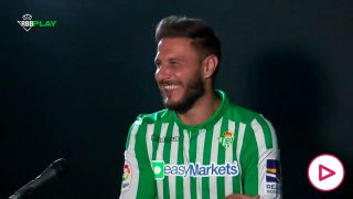 Joaquín, riéndose durante las tomas falsas.