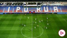 Una imagen del encuentro a puerta cerrada que enfrentó al Eibar y a la Real Sociedad. (Getty)