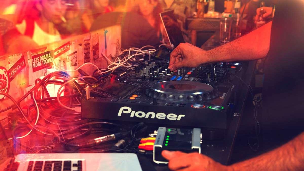 Se prohíbe la reapertura de las discotecas en la fase 3 en Andalucía