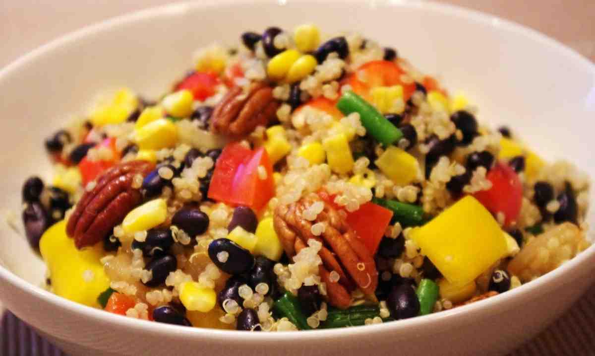 Receta de ensalada de quinoa con vinagreta de lima y menta