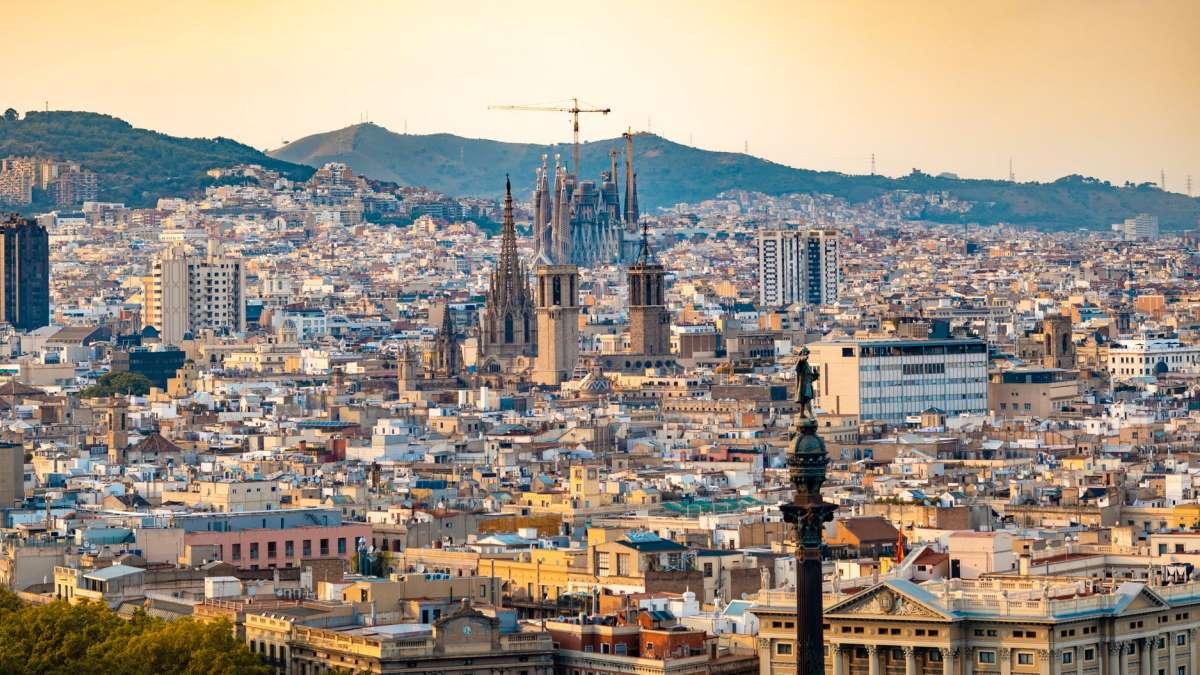 La Sagrada Familia barcelonesa verá reducido su aforo y sus visitas