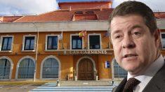 El presidente de Castilla-La Mancha, Emiliano García-Page, y la residencia Las Cármenes (Poblete).