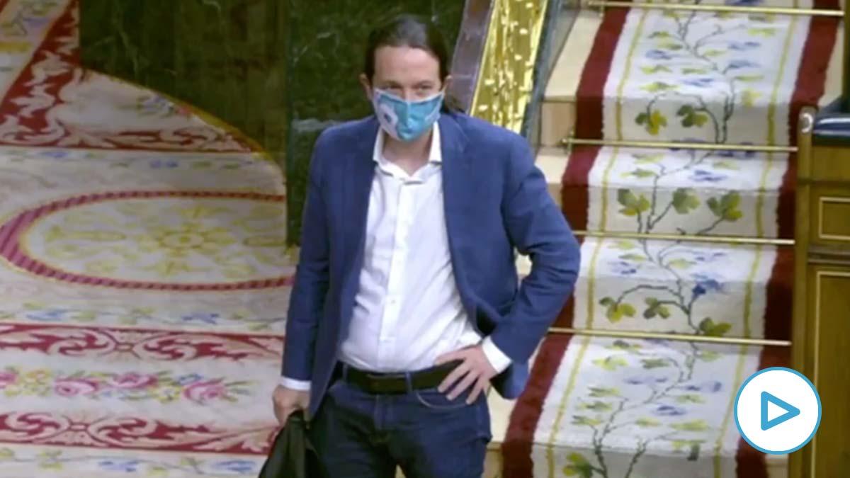 El 'pistolero' Pablo Iglesias se pone chulo cuando el PP le afea sus mentiras sobre los muertos en residencias.
