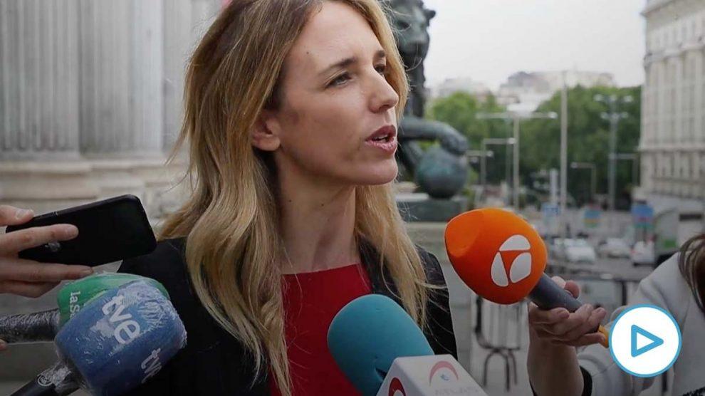 La portavoz del PP en el Congreso, Cayetana Álvarez de Toledo, en declaraciones a los medios.
