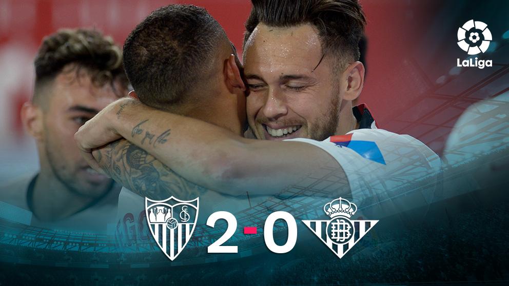 El Sevilla venció al Betis (2-0) en el primer partido tras el parón por el coronavirus.