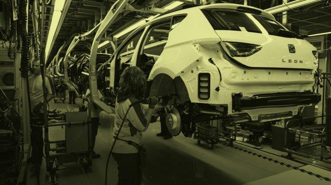 Seat Martorell contratará a 1.000 empleados eventuales para la recuperar la producción perdida por la falta de semiconductores.