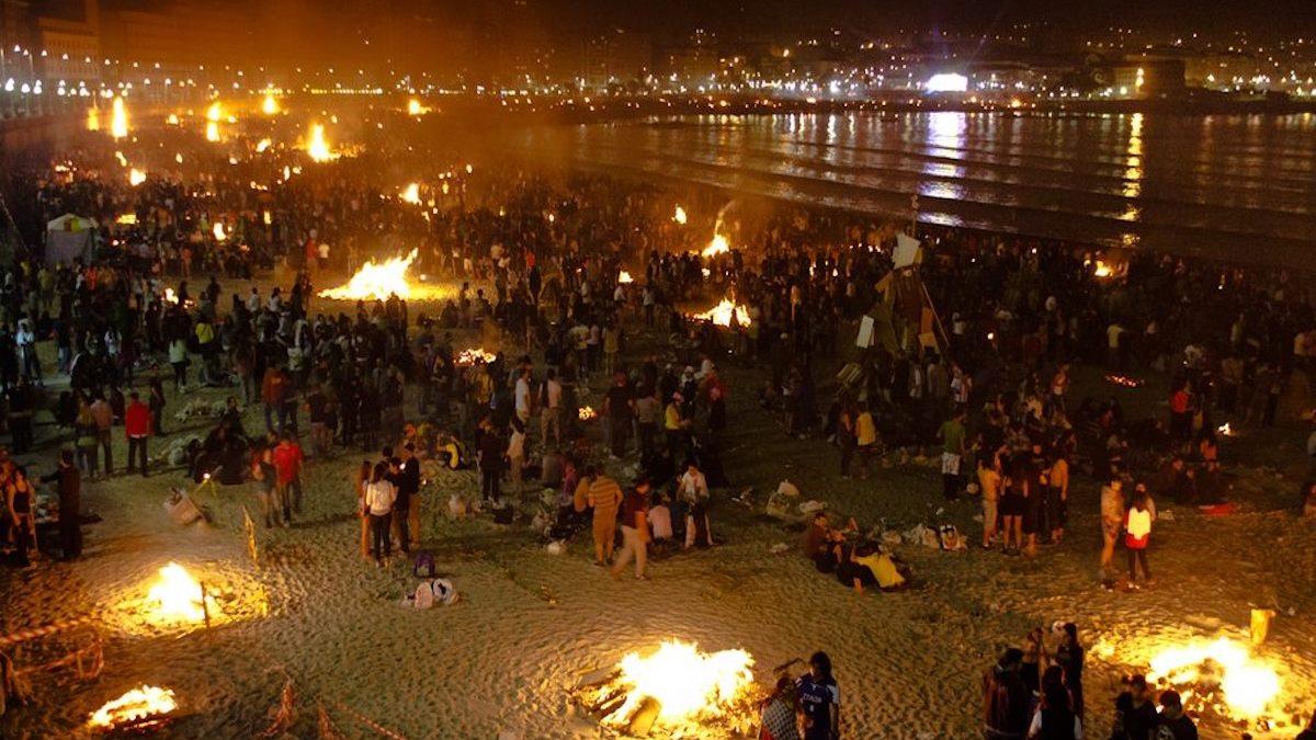 Las hogueras de San Juan son una de las celebraciones más bonitas del año