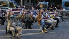 Òmnium Cultural organiza una concentración ante la Delegación del Gobierno en Barcelona. – ÒMNIUM CULTURAL