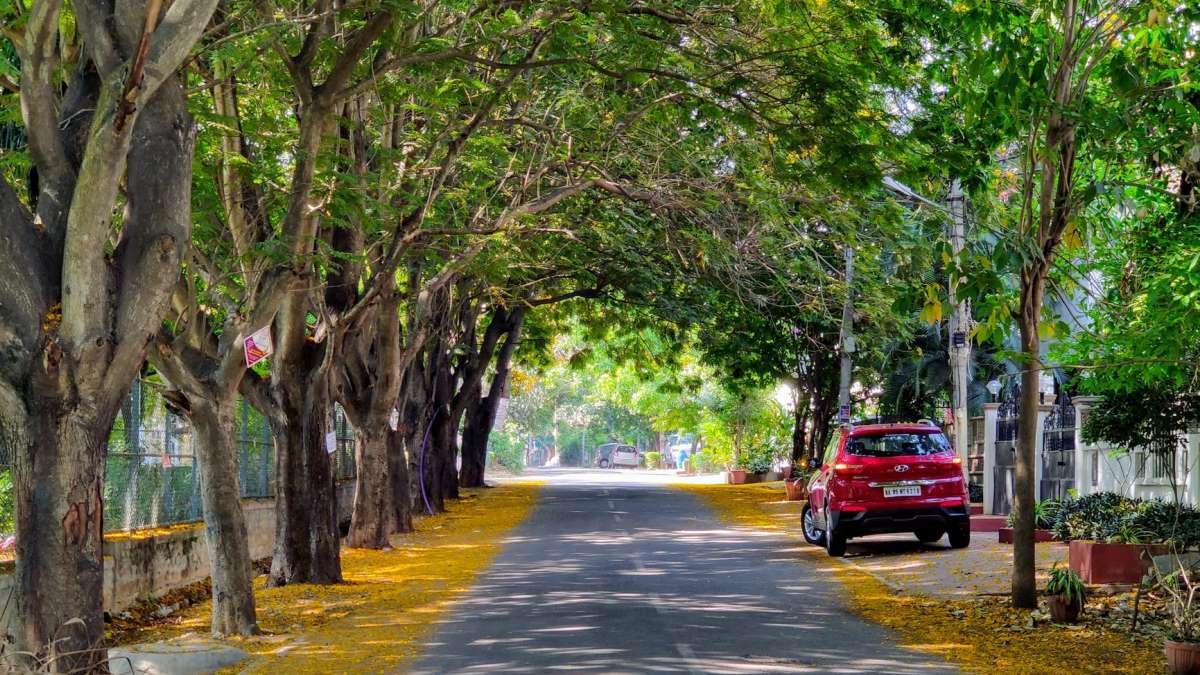 Circular con un vehículo contaminante supondrá una multa en la ciudad condal