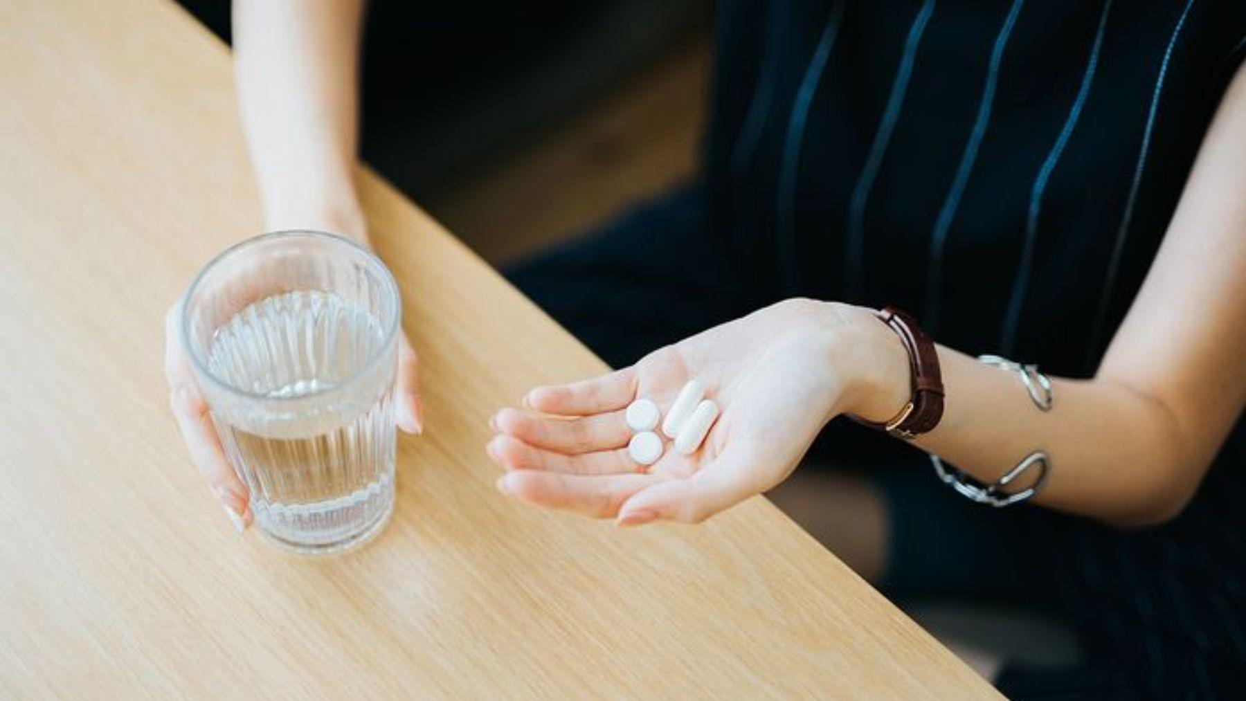 Descubre qué alimentos y cuáles no puedes tomar durante la lactancia